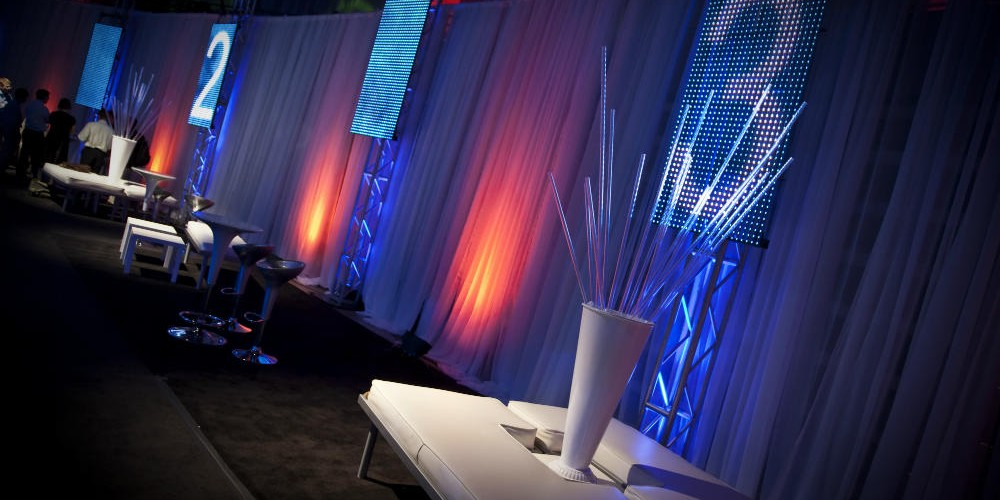 Technical conference lighting and decorations