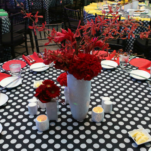 Verizon Red floral on table 500x500