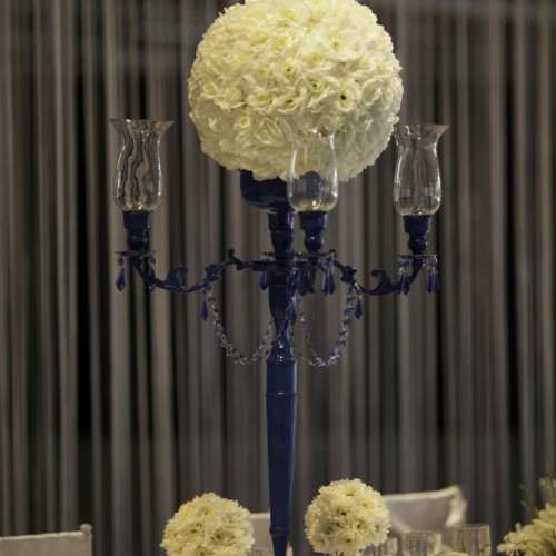 Floral centerpiece decor