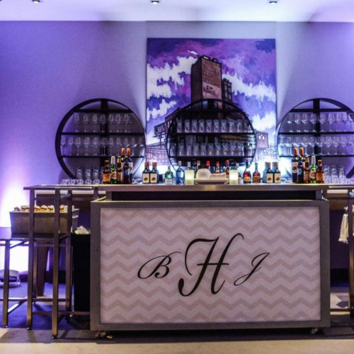 Modern winter wedding decorations and bar