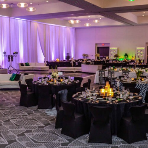 Modern winter wedding decorations