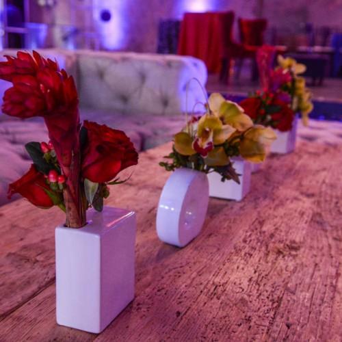 Jazz club table decor