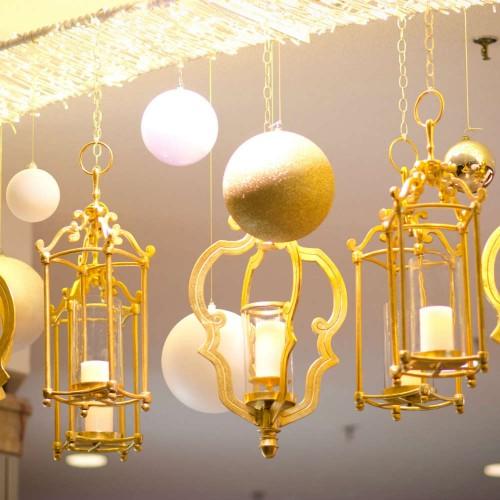 Galleria holiday lanterns and lighting