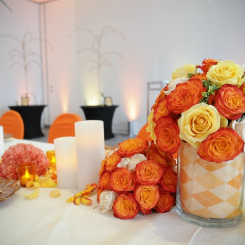 Floral and candle centerpiece design