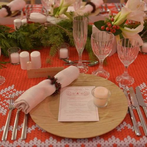 Carlson Holiday 2015 Place setting
