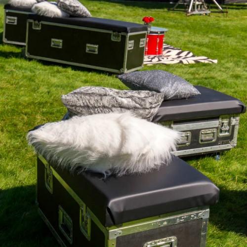 Cambria 2016 road cases white pillow