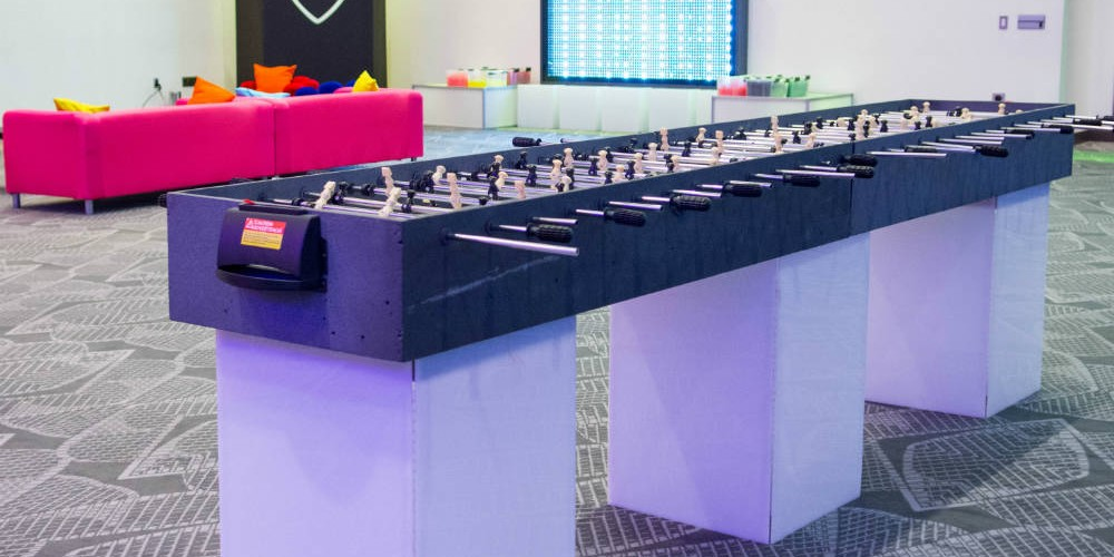 Lulavy Foosball close