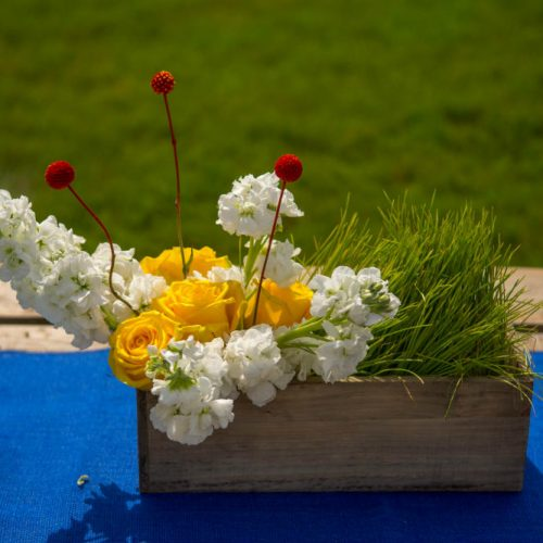 upsher 2016 wood vase arrangement