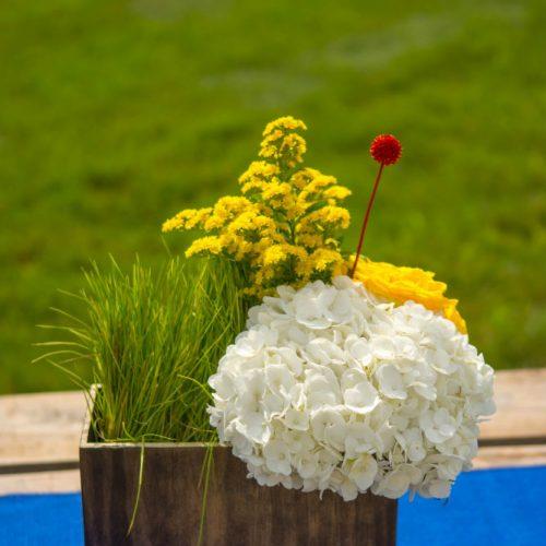 upsher 2016 wood vase floral