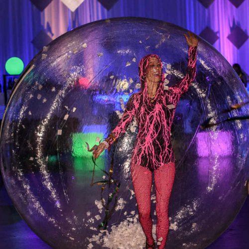 Essentia Glow Ball Girl