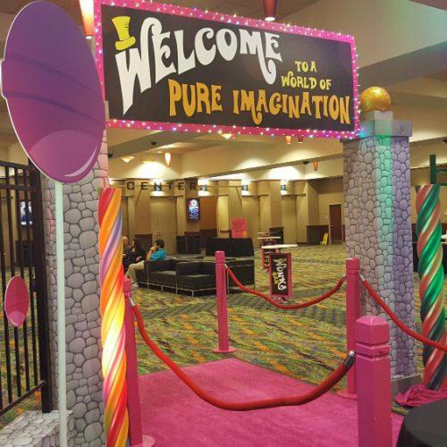 Treasure Island Wonka Entrance 1000