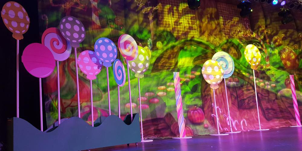 Treasure Island lollipops with lighting project image