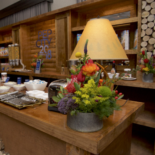 Events Forum Pepsi Lodge bar flowers 500 x 500