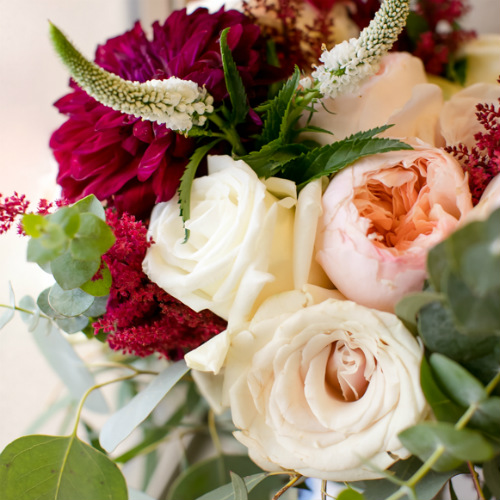 Marshall Bettendorf Flowers close 500