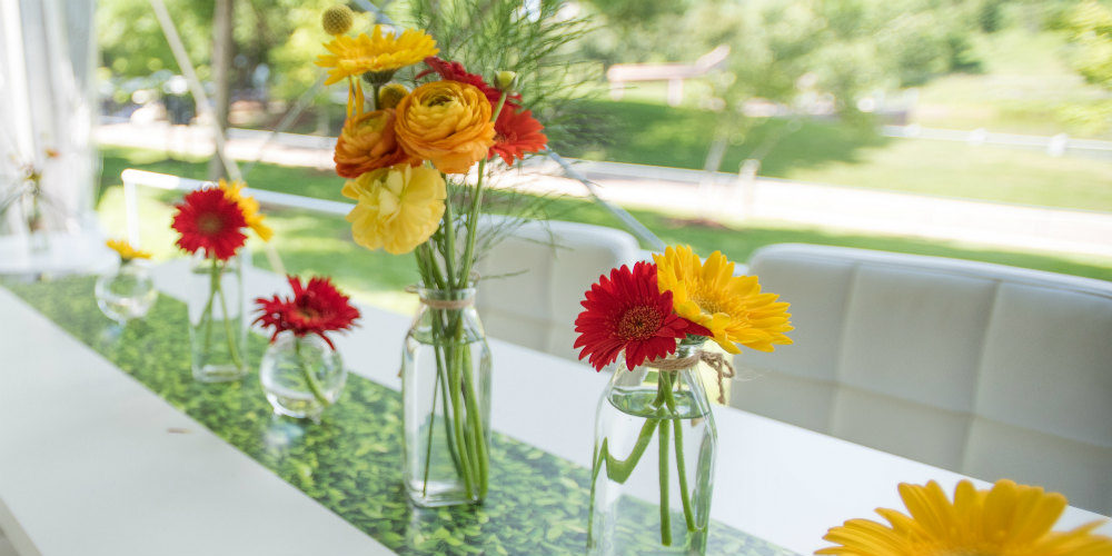 Long table centerpiece flowers