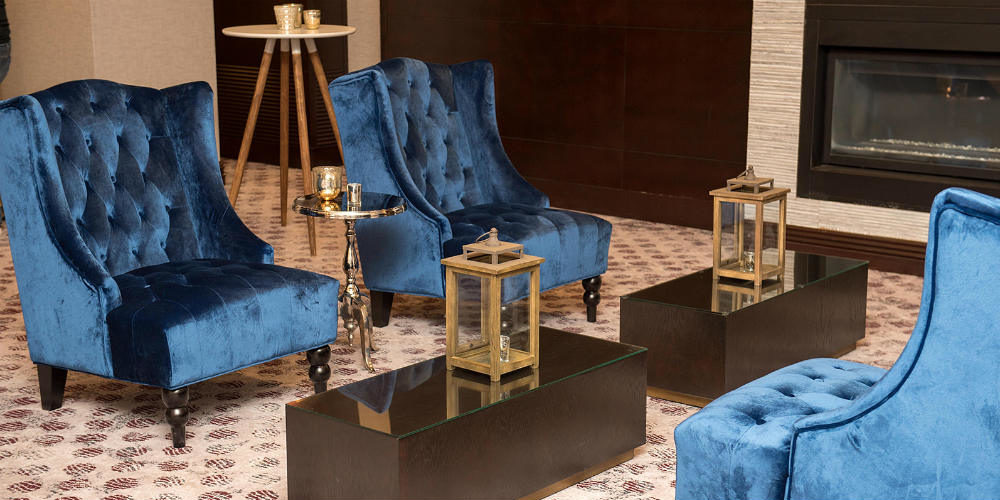 Capital One 2019 Blue Chairs gold lanterns