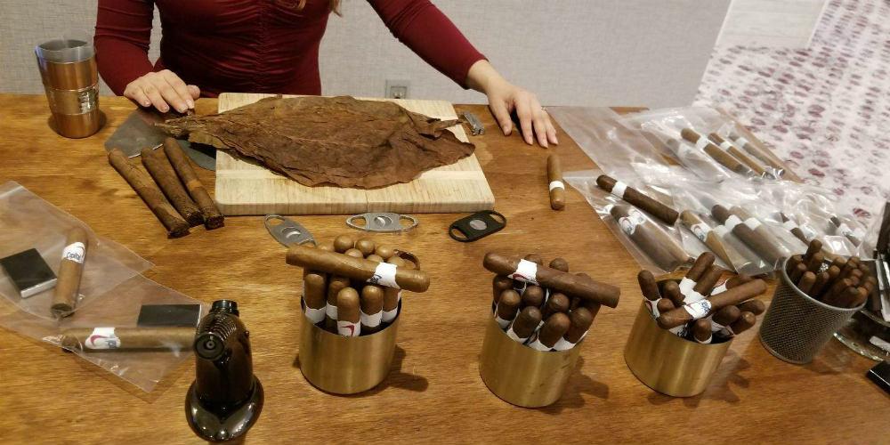 Capital One 2019 Cigar Roller